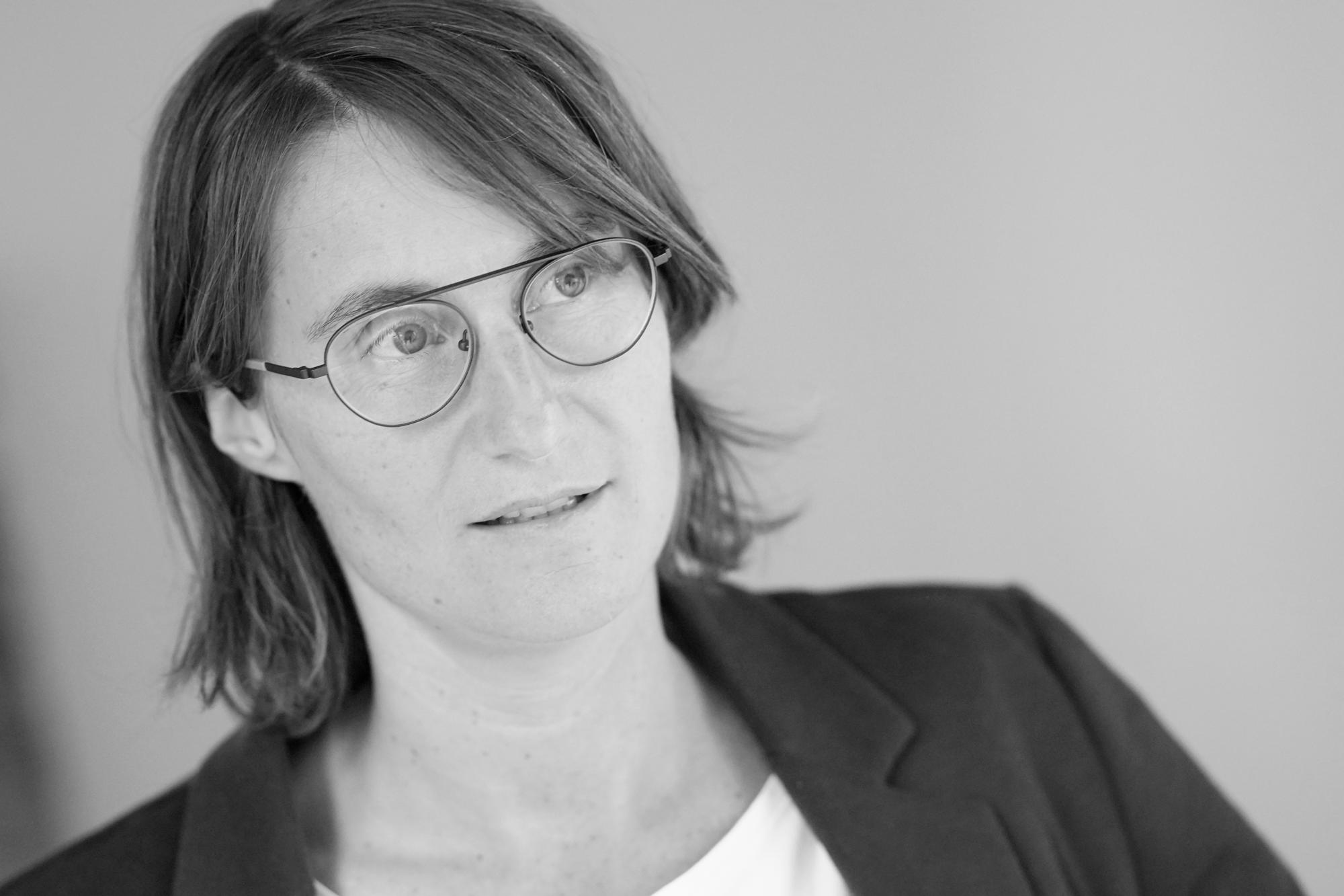 Death Positiv · Trauerrednerin · Verena Brunnenbauer · Foto: Reinhard Winkler